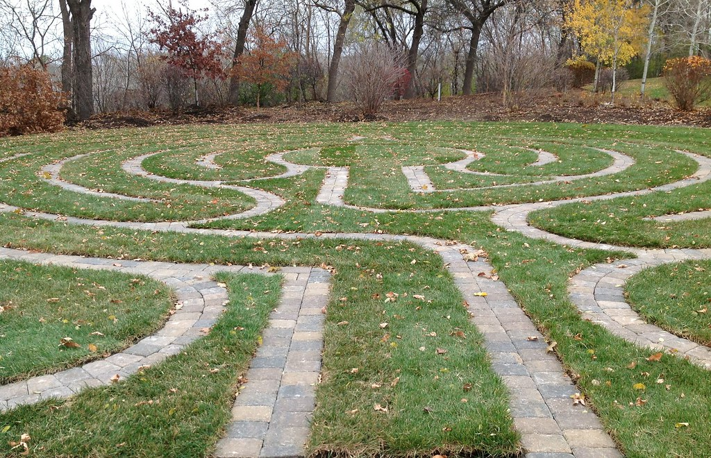 Finished Labyrinth Library Metro State U